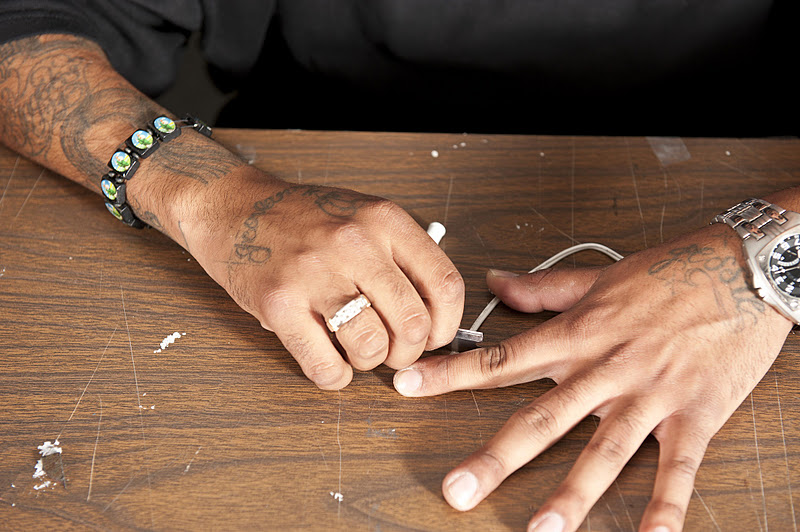 How to make a jailhouse tattoo machine w fabian alomar for How to assemble tattoo gun